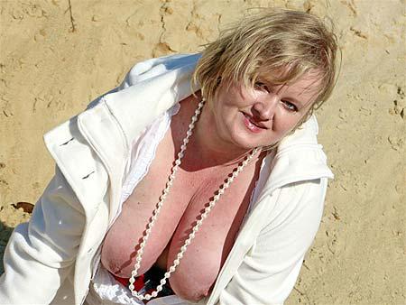 reifes Sexcam Luder mit dicken Titten